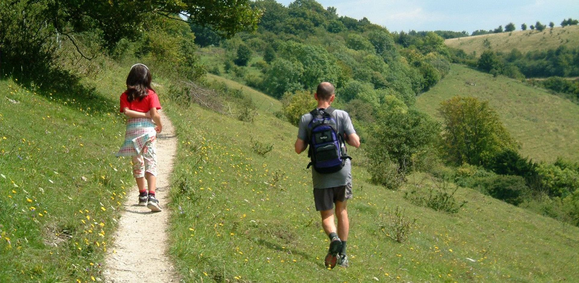 walkers at Aston Rowant 2 (Annette Venters)-tb.jpg